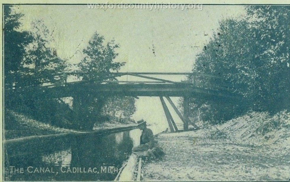 Cadillac-Recreation-The-Canal-8