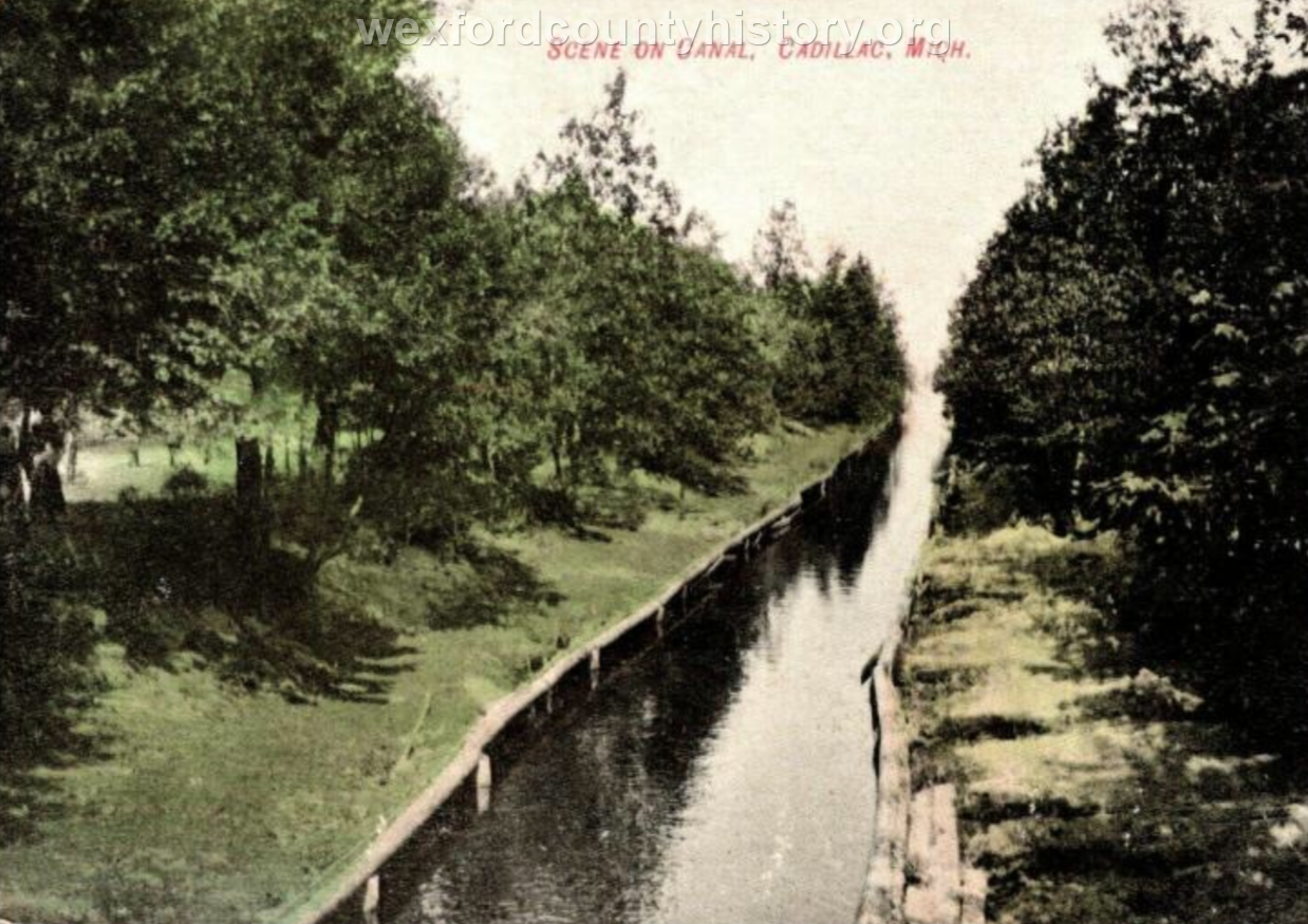 Cadillac-Recreation-The-Canal