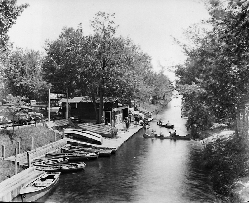 Boat and Canoe Rental at the Canal