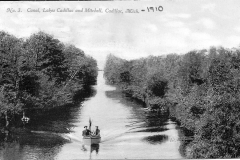Canal Enjoyed by Boaters in 1910