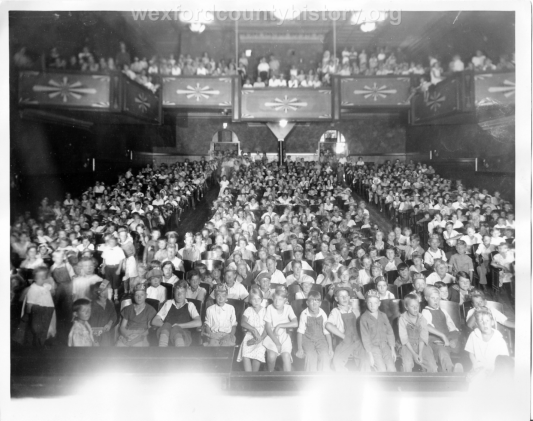 A Matinee At The Lyric Theatre During The 1930s