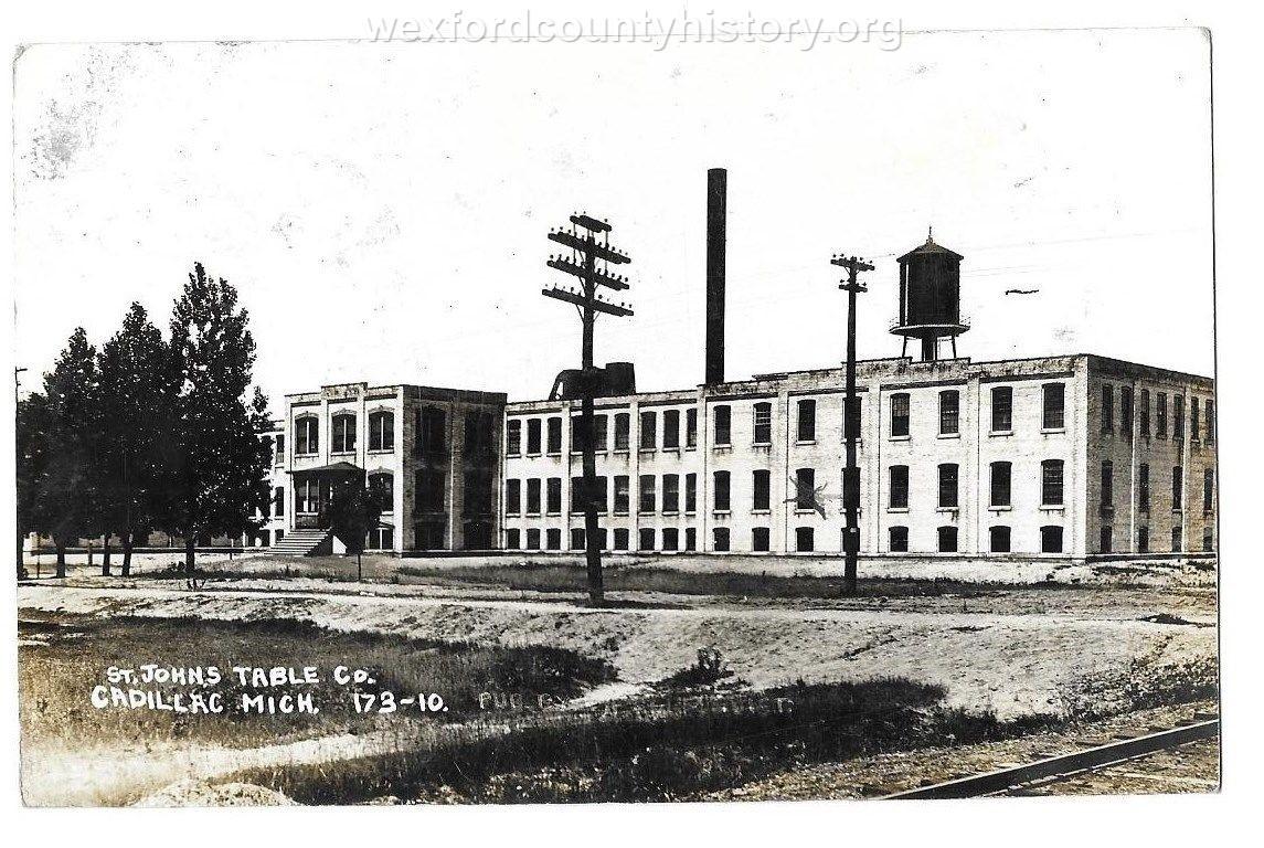 Cadillac-Business-Saint-Johns-Table-Factory-1