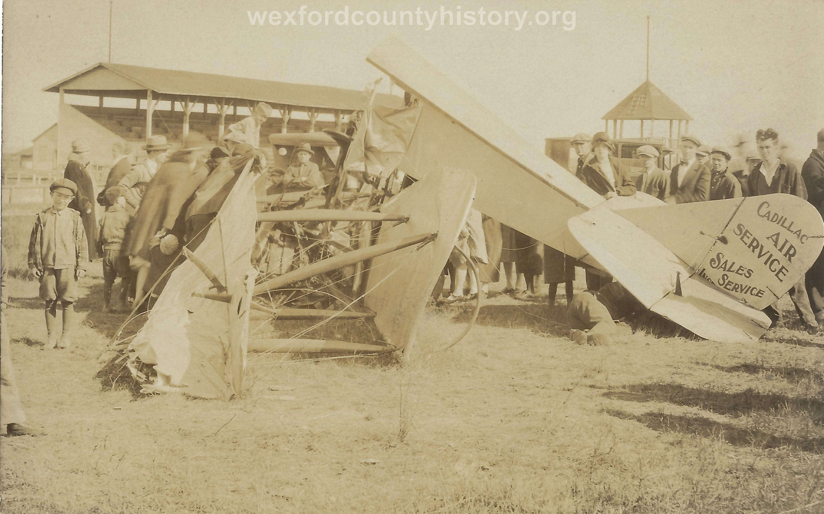 Cadillac-Misc-Airplane-Crash-At-The-Fairgrounds-1
