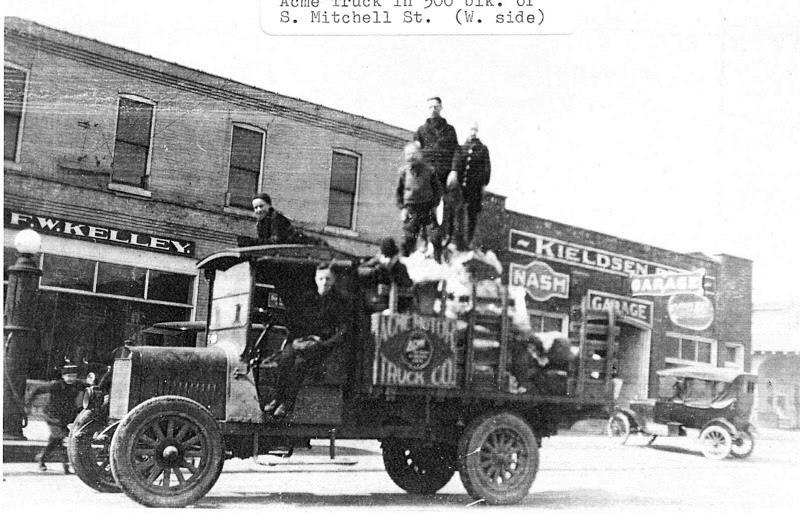 Acme Truck on Mitchell Street