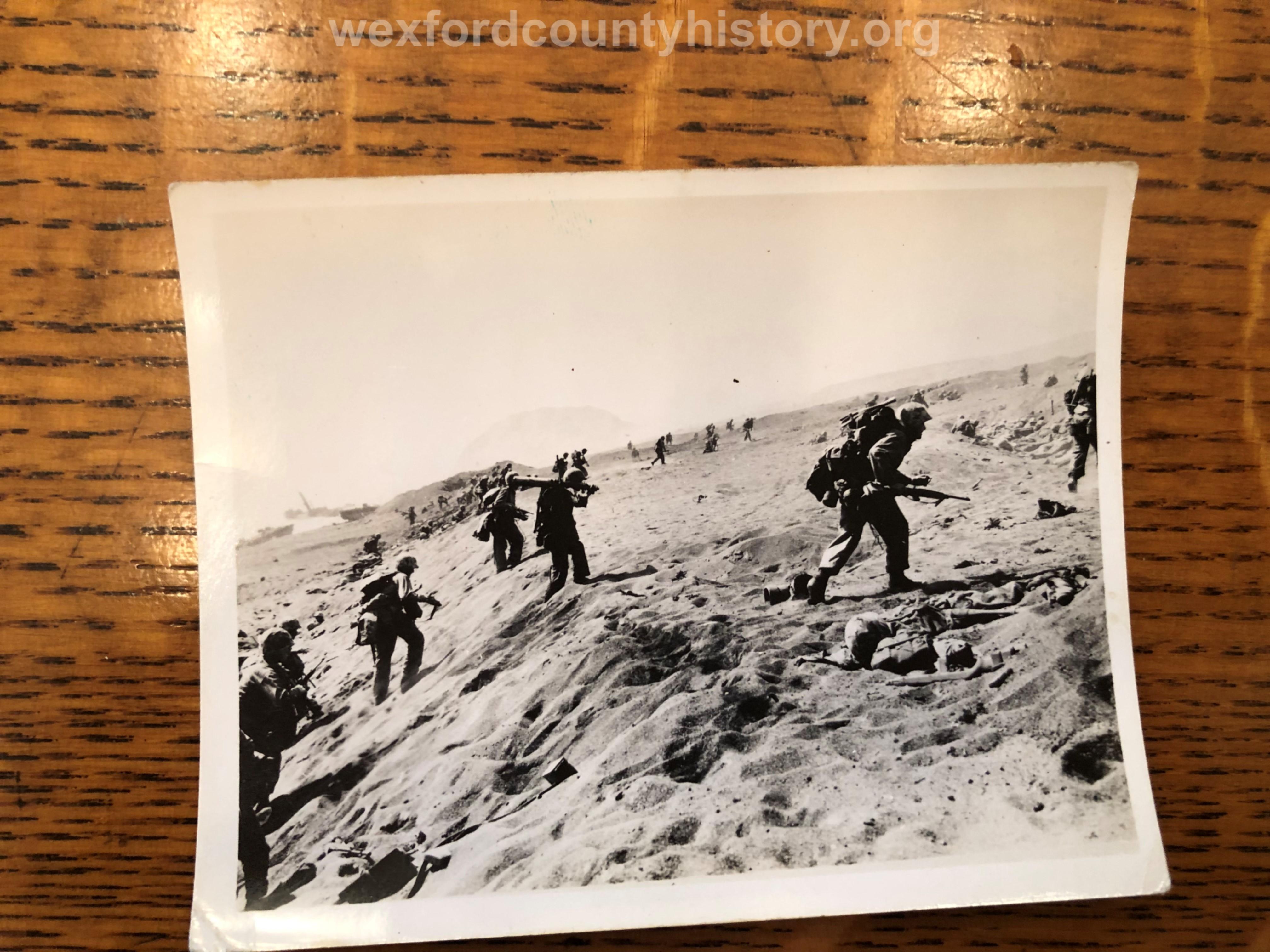 Cadillac-Veterans-Paul-Johnson-World-War-2-Photographs-30