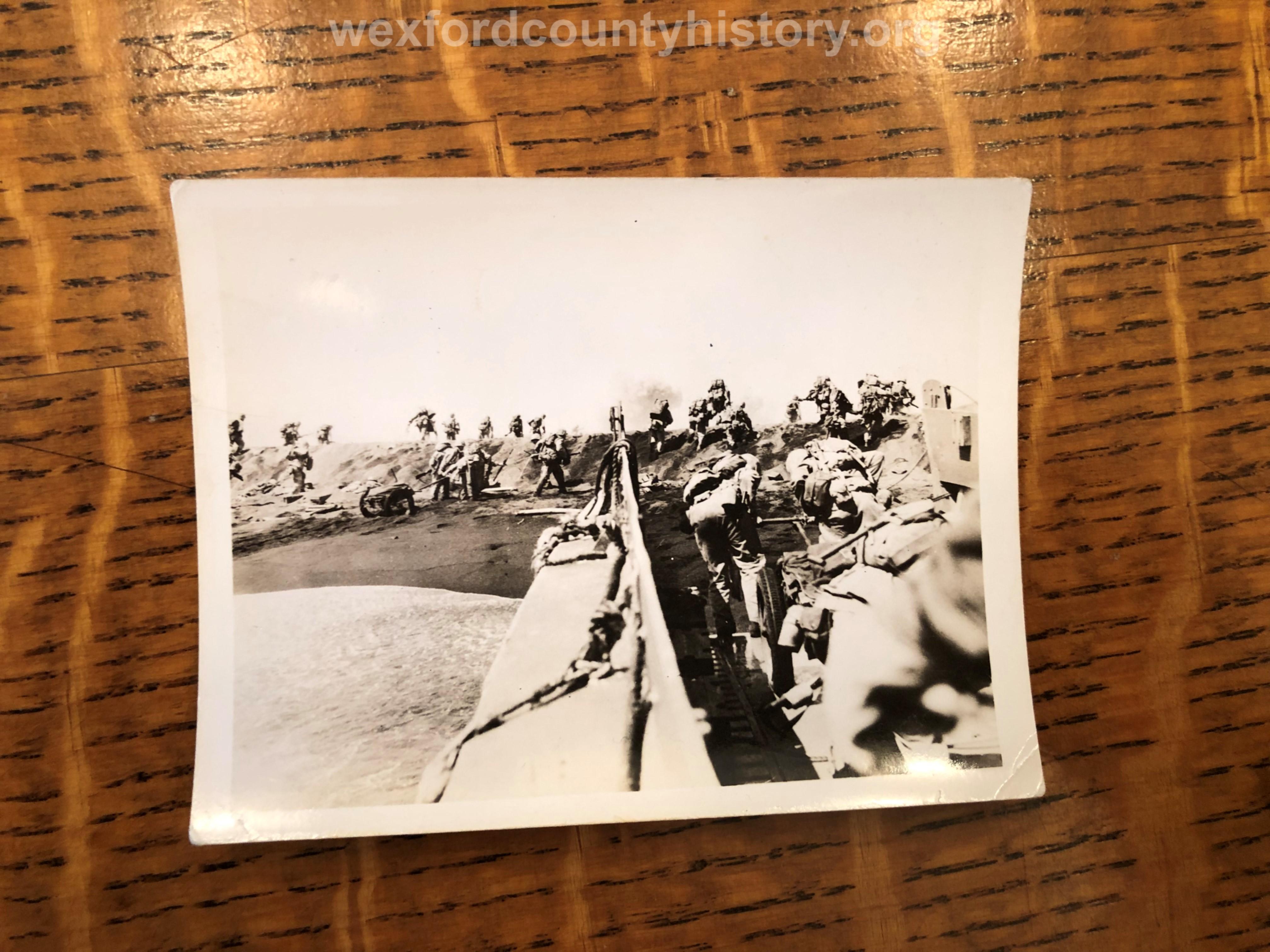 Cadillac-Veterans-Paul-Johnson-World-War-2-Photographs-35