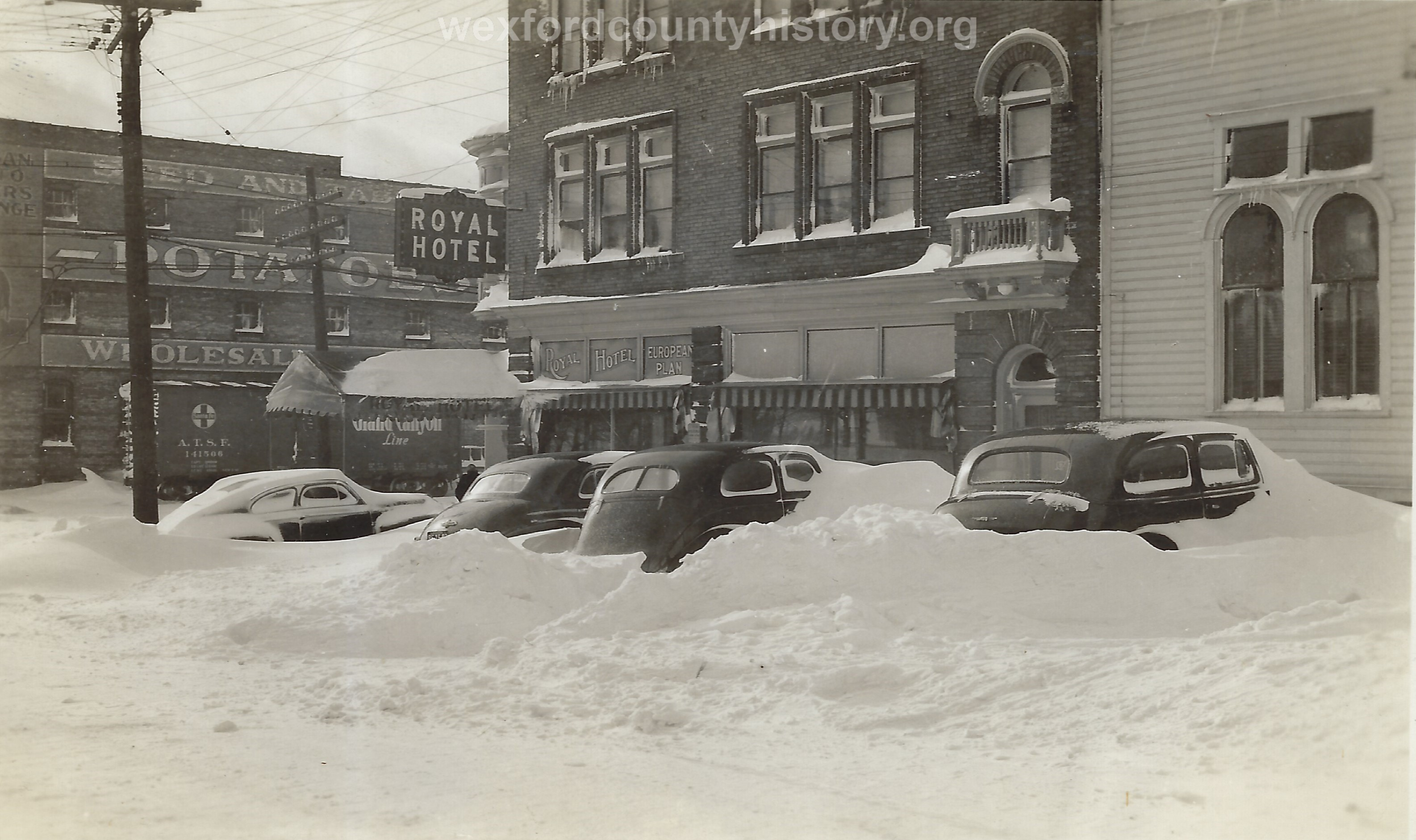 Cadillac-Weather-Cars-Buried-Under-Snow-At-Royal-Hotel