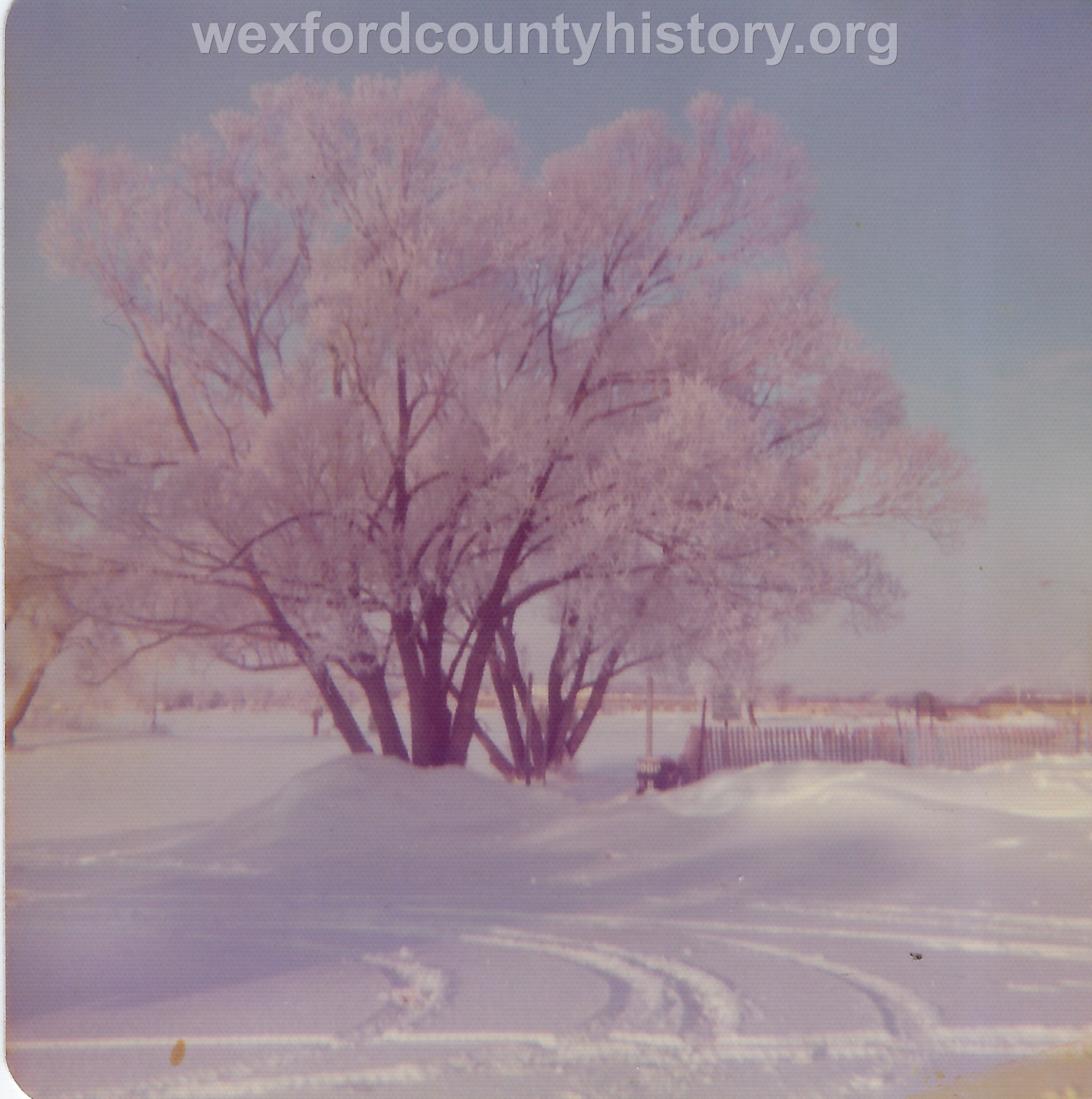 Cadillac-Weather-Winter-Scene-11