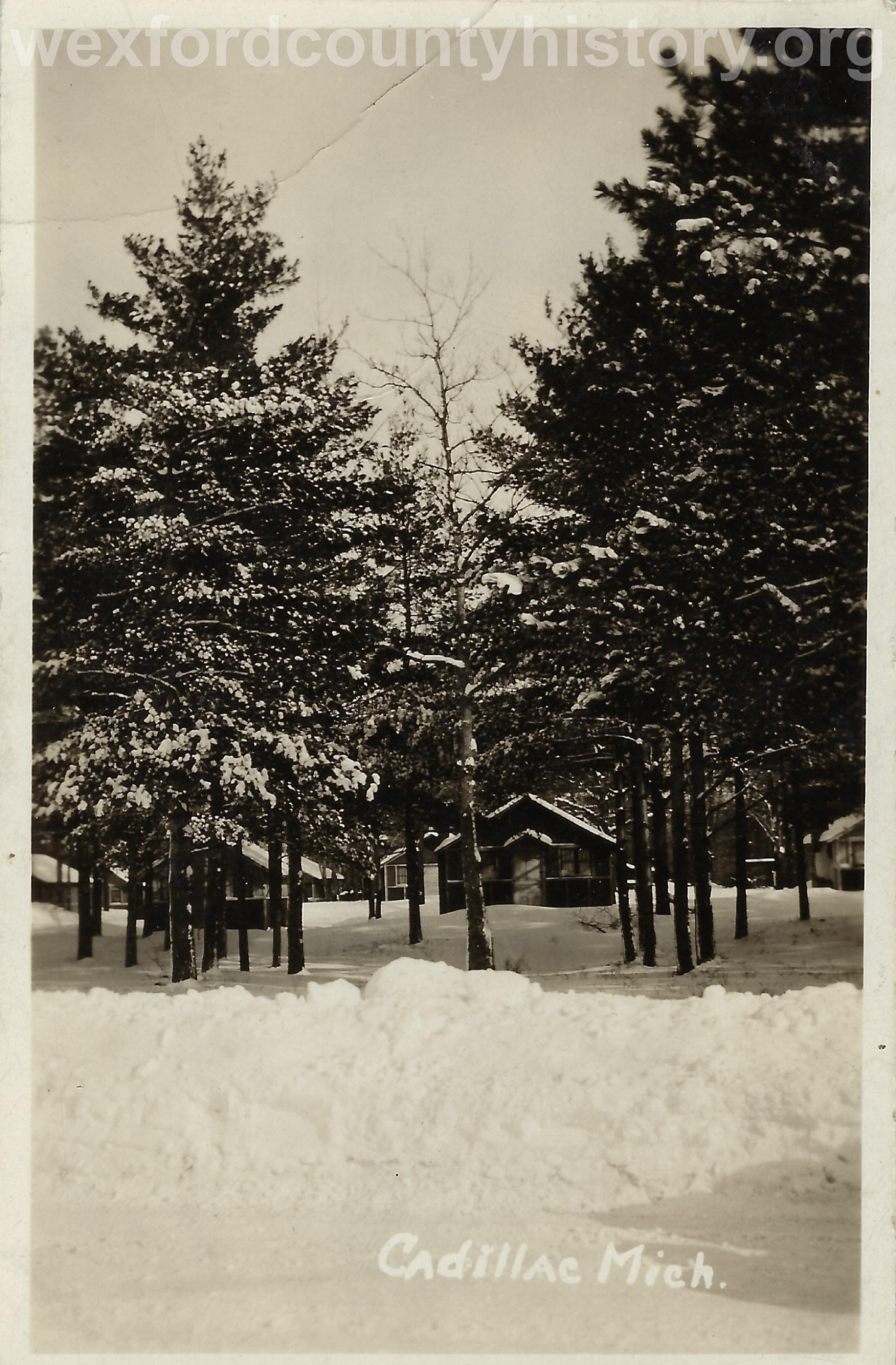 Cadillac-Weather-Winter-Scene-12