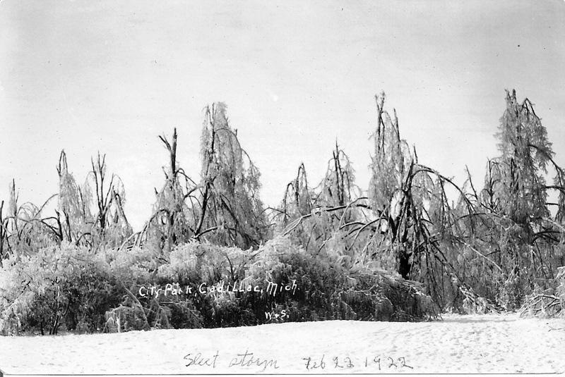 1922 Ice Storm - City Park at Lake Street