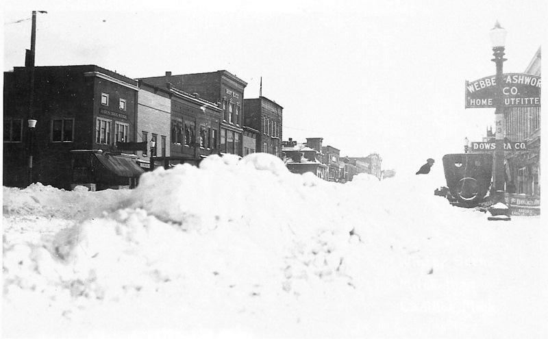 Snow Piles on Mitchell Street
