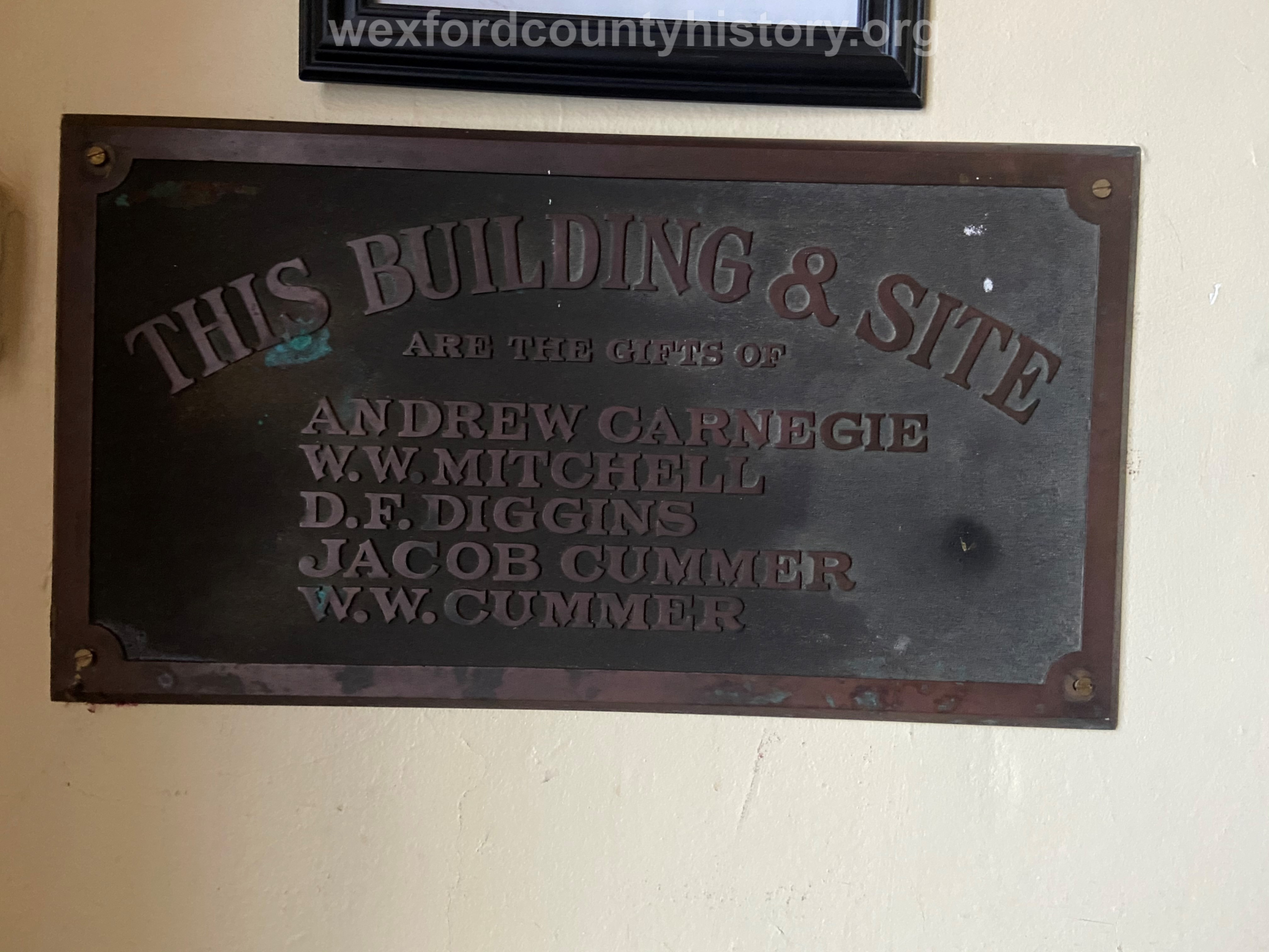 Plaque commemorating the original donors of the Carnegie Library site.
