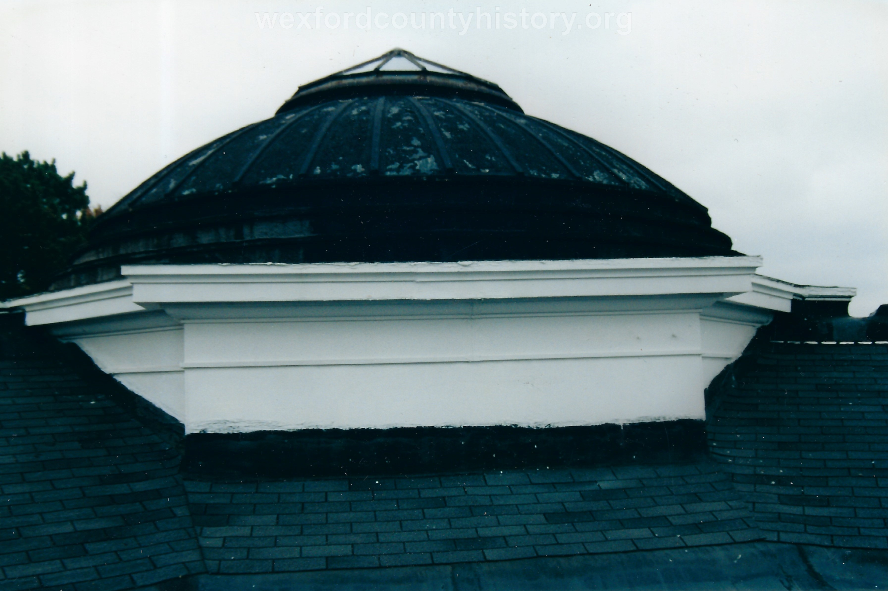The roof prior to restoration; thanks to donations from the community.