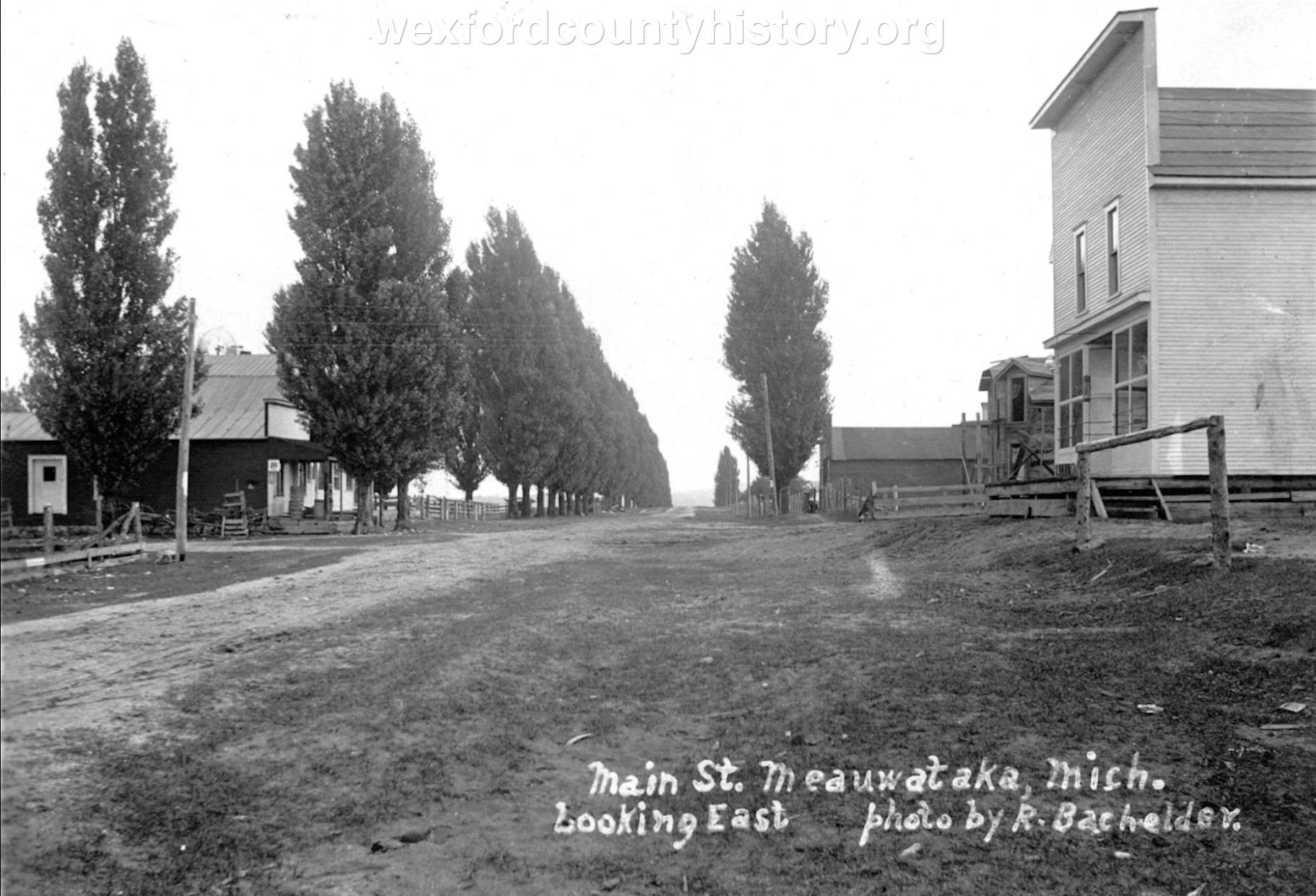 Meauwataka-Street-Main-Street