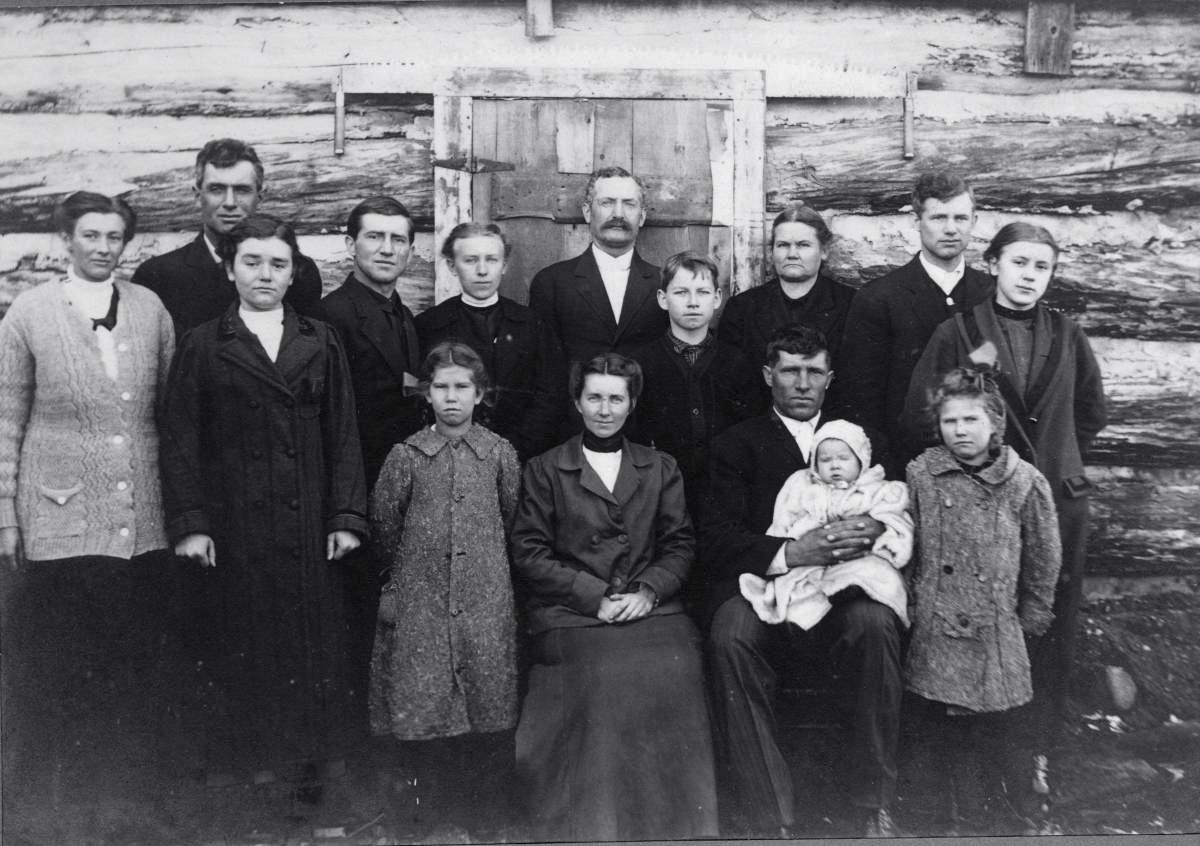 Garn Family of Meauwataka