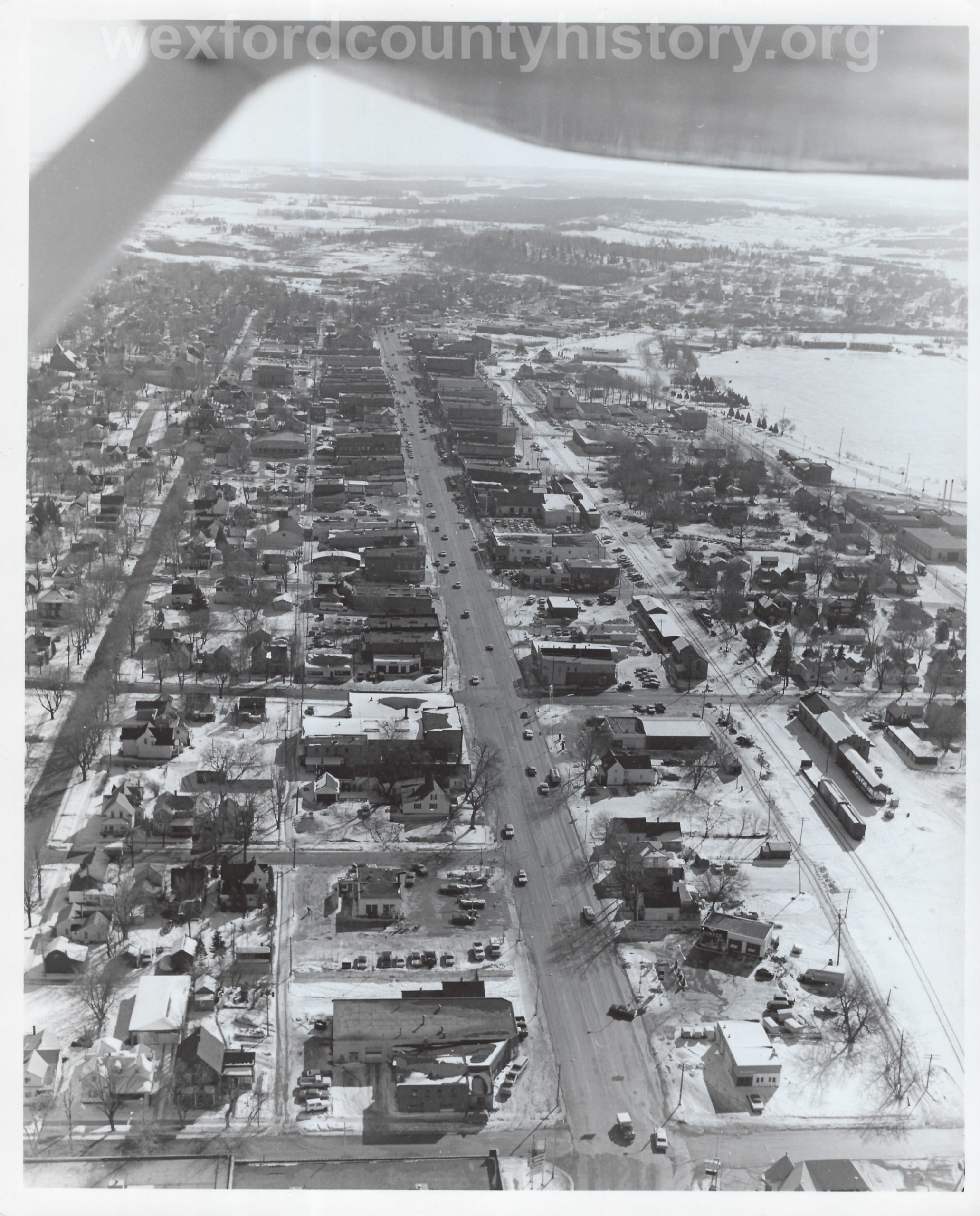 Cadillac – Aerial View – North Street To Bend In South Mitchell Street (2)