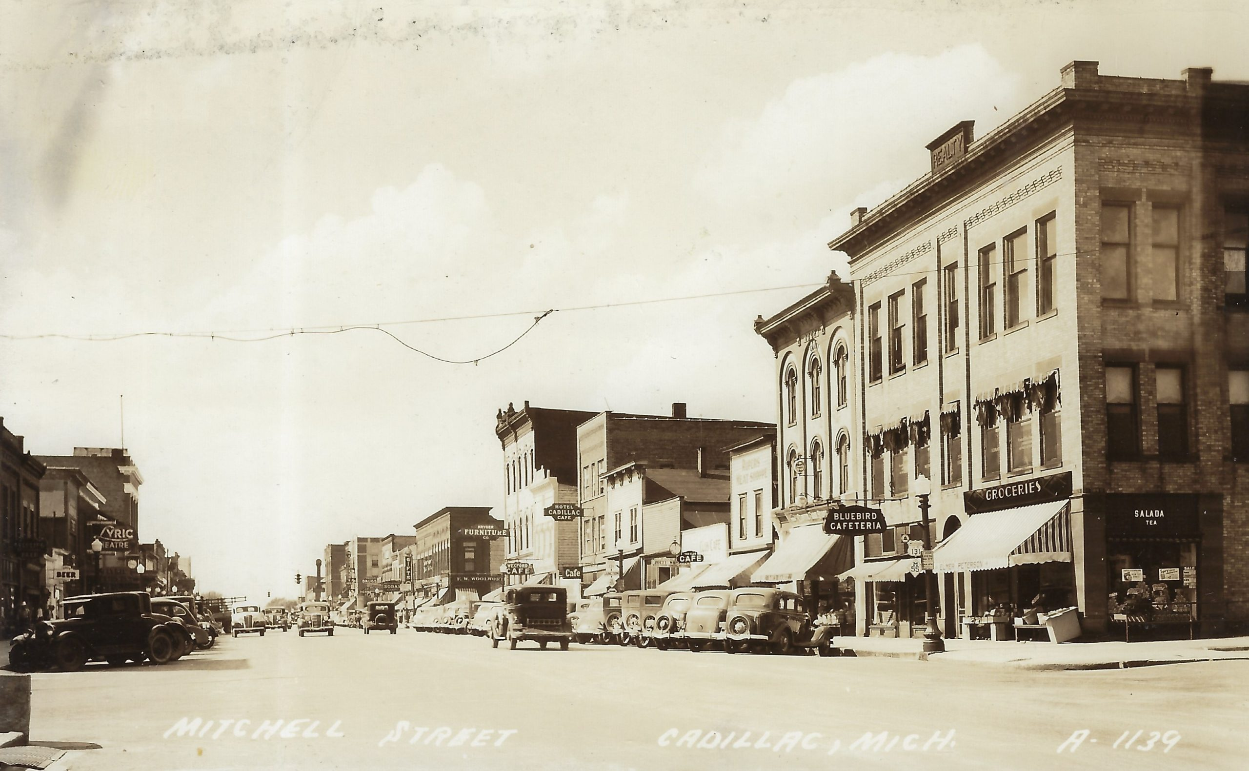 Cadillac – Street – South Mitchell Street, 200 Block, East Side (9)